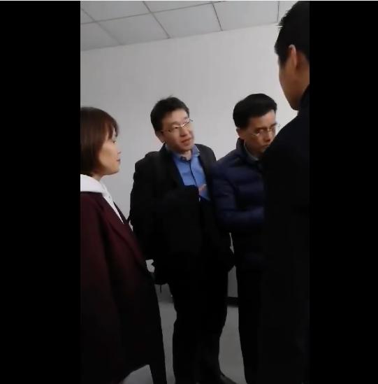 Japanese customers visit the laboratory