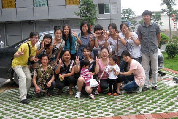 Group Photo of Autumn Activity